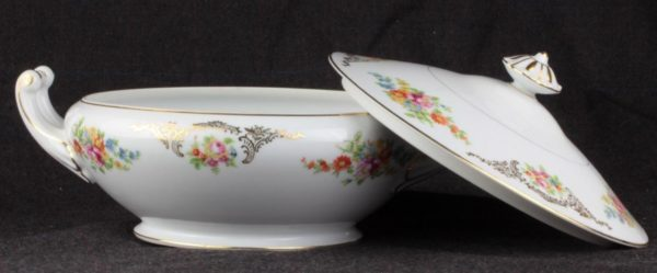 Aichi China Dresden Flowers Covered Vegetable Dish