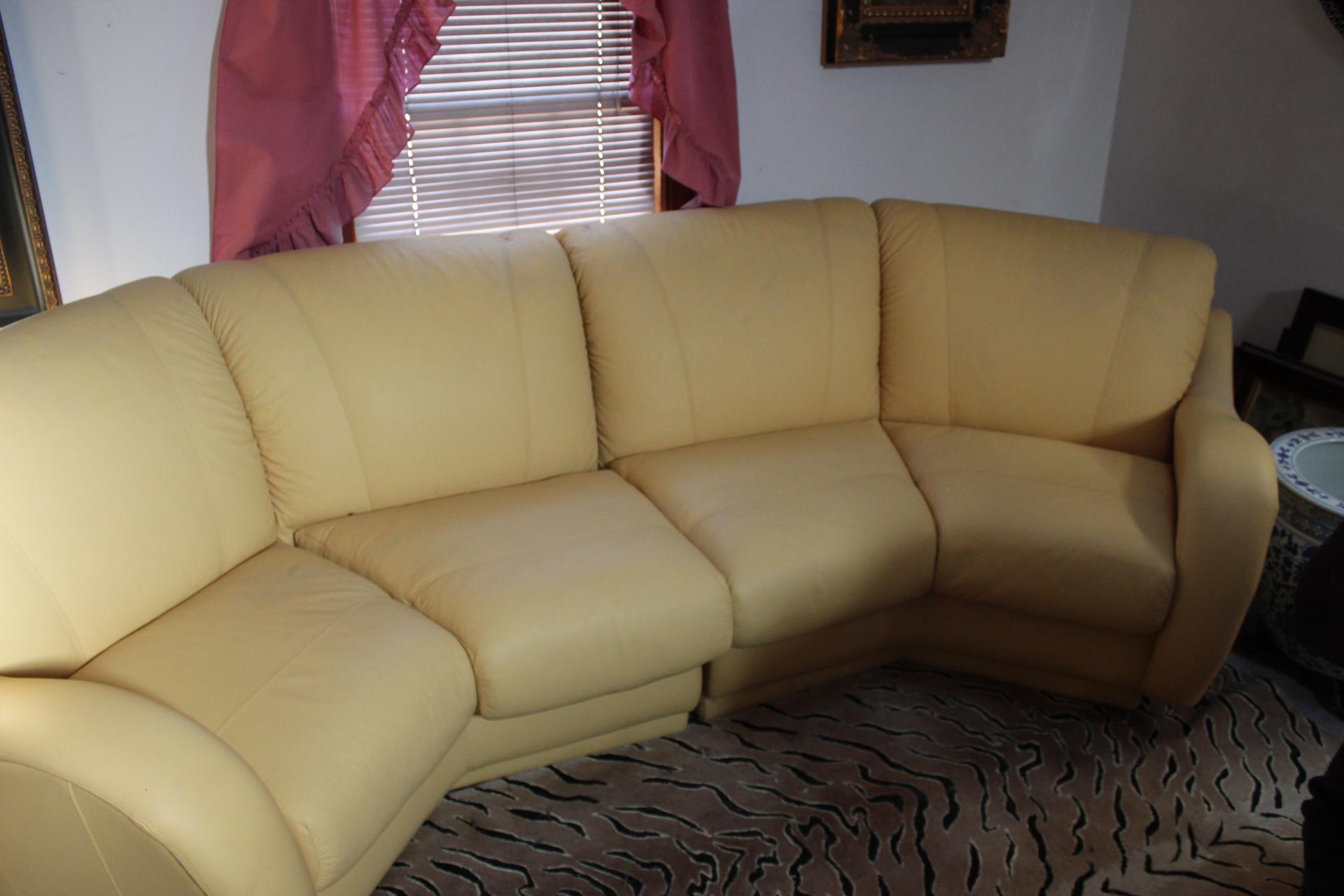 Delicieux Butterscotch Leather Sofa Set
