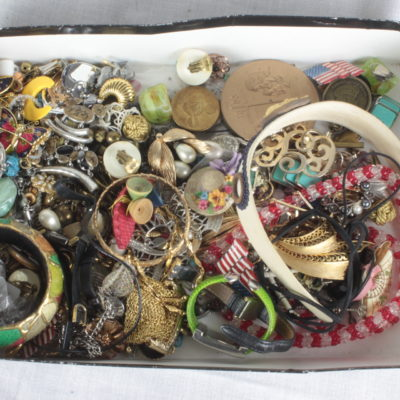 Jewelry & Accessories Box Lot 2