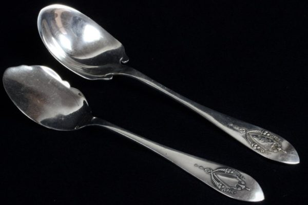 """PAIR of Early LUNT R.L.B. Mt. Vernon Sterling Silver 5&5/8"""" Teaspoons"""