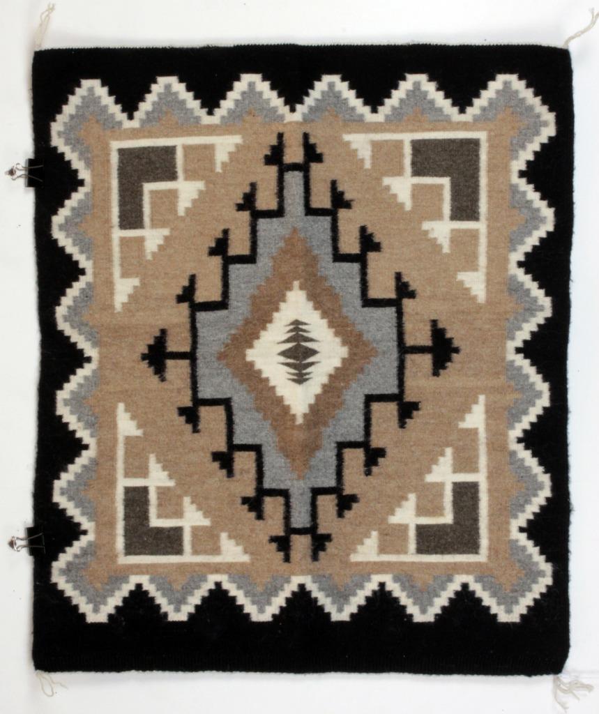 Navajo Rug FANNIE BEGAY Two Grey Hills New Mexico