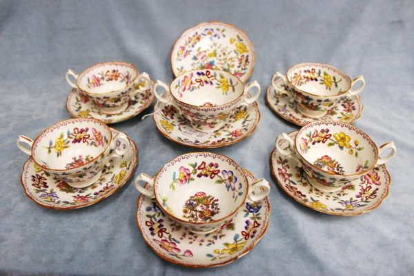 Porcelain Hammersley Longton Co England 6149 Consomme Bullion Cup & Saucers