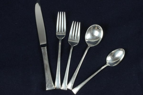 Serenity Pattern Antique International Sterling 48pc Silver Flatware Set