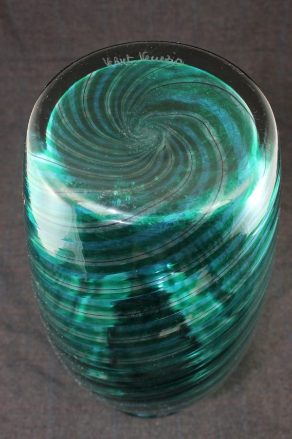 VEART Signed Venetian Murano Handblown Glass Vase Optic Swirl