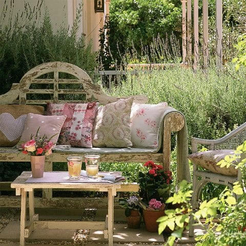 Rustic-country-garden-ideas