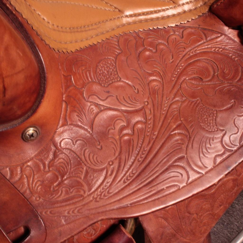 13 Ozark Horse Saddle King Of Texas Hand Tooled Floral Brown